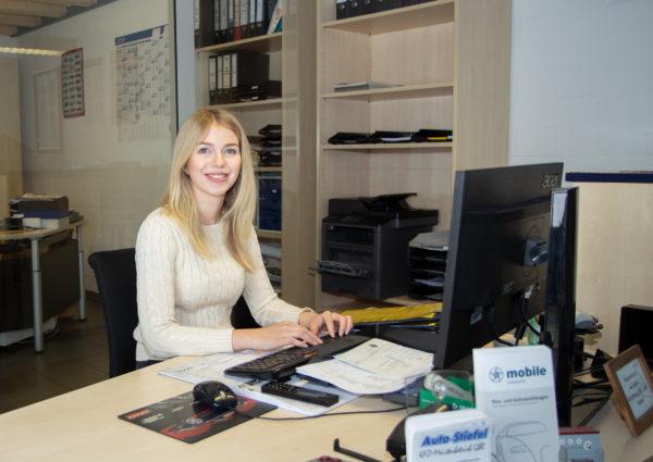 Team Auto Stiefel -Frau Dickmann